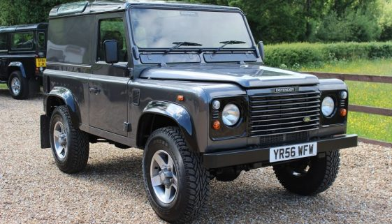 2006 56 DEFENDER 90 TDCI HARD TOP STORNOWAY GREY